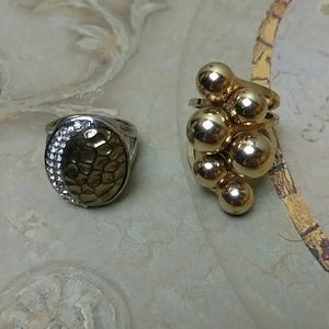 Jewelry - Set of 2 chunky heavy fashion rings - size 8